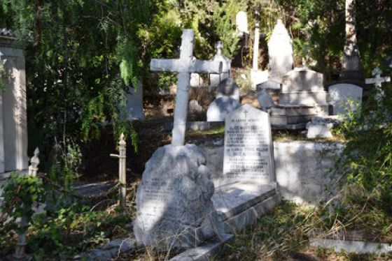 English_cemetery_1
